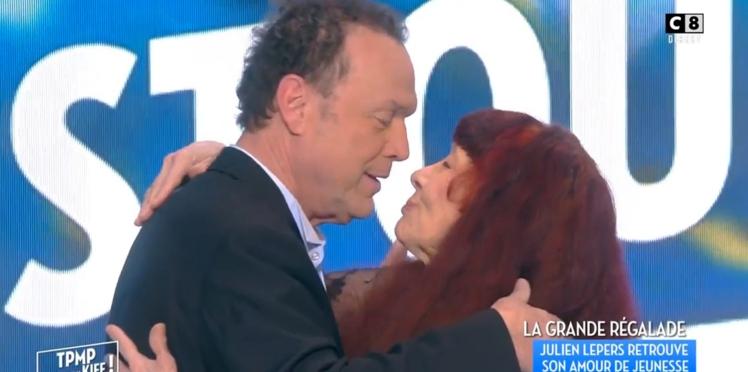 VIDÉO - Julien Lepers retrouve son amour de jeunesse !