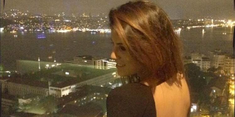 Karine Ferri enceinte : elle dévoile une nouvelle photo sexy