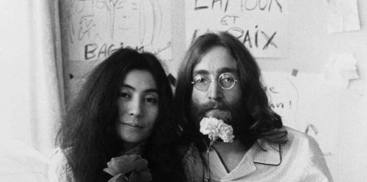 Devinez combien s'est vendue la mèche de cheveux de John Lennon?
