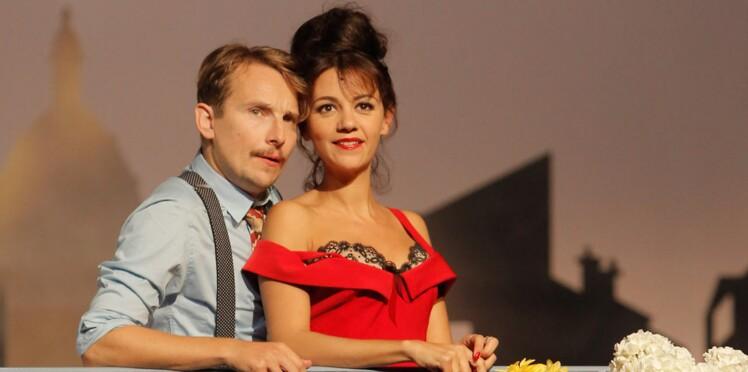 """Dans """"Irma la douce"""" Lorànt Deutsch couvre sa femme de baisers"""