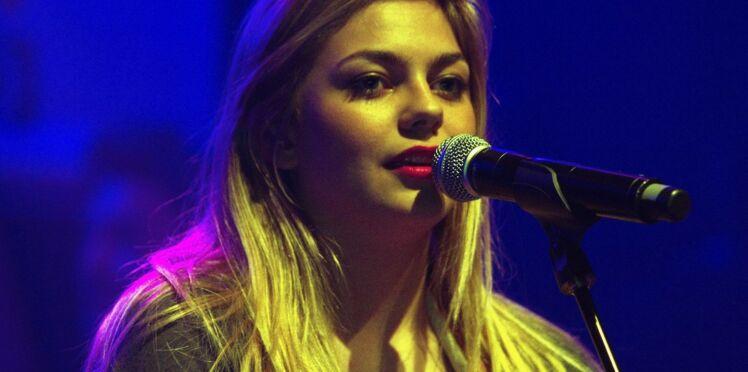 Louane: son hommage en chanson aux victimes des attentats