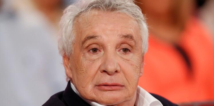 Michel Sardou explique comment il évite ses fans pour ne pas signer d'autographes