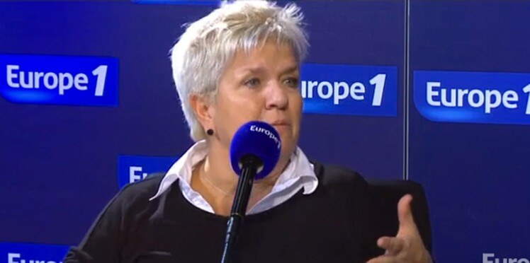 Mimie Mathy en pleurs en évoquant ses parents devant Nikos Aliagas