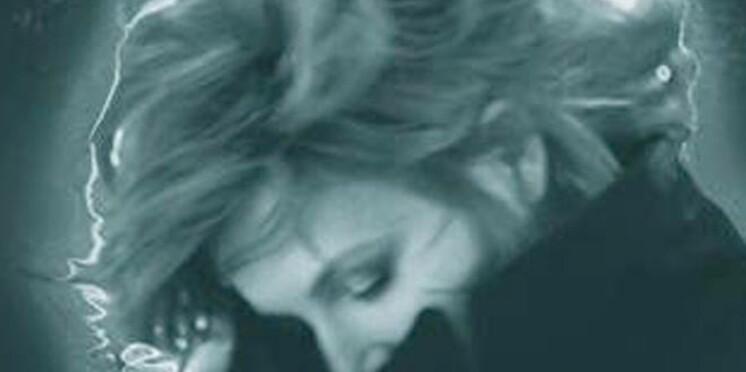 Découvrez le nouveau clip de Mylène Farmer
