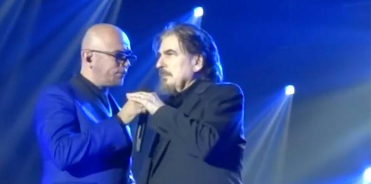Vidéo- Pascal Obispo invite Serge Lama sur scène pour un émouvant duo