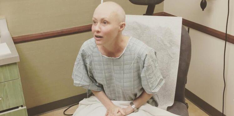 "Photos – ""Effrayée"", Shannen Doherty commence la radiothérapie"