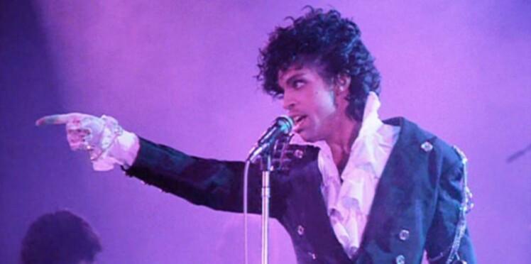"""Prince : les hommages """"purple"""" se multiplient"""
