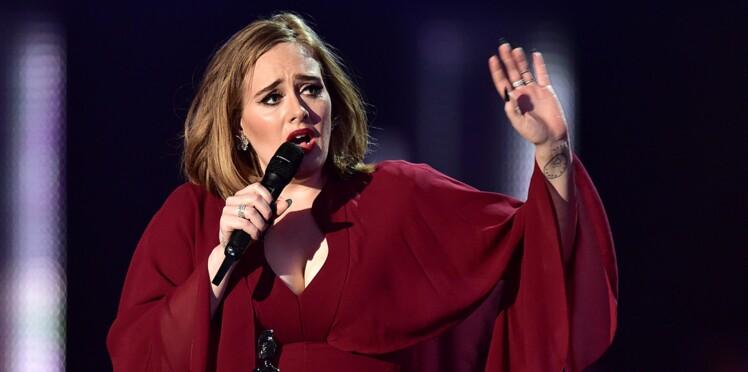 Un fan publie des photos intimes: la chanteuse Adele en colère
