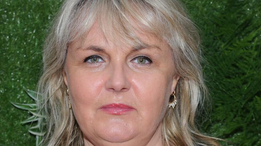 """Valérie Damidot : elle parle du """"connard"""" qui la battait"""