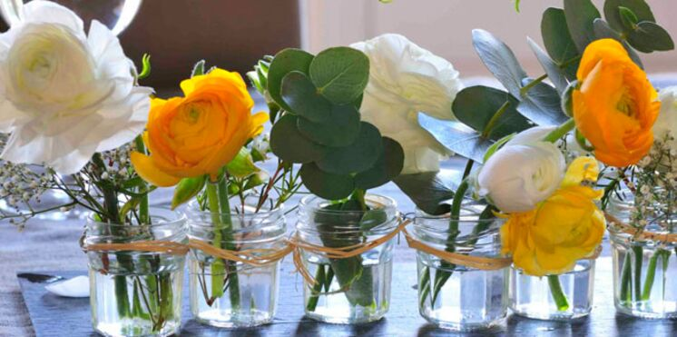 Un centre de table fleuri spécial petit budget