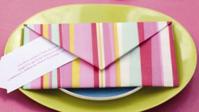 Pliage de serviettes : l'enveloppe