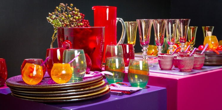 Un buffet de fête Color Block