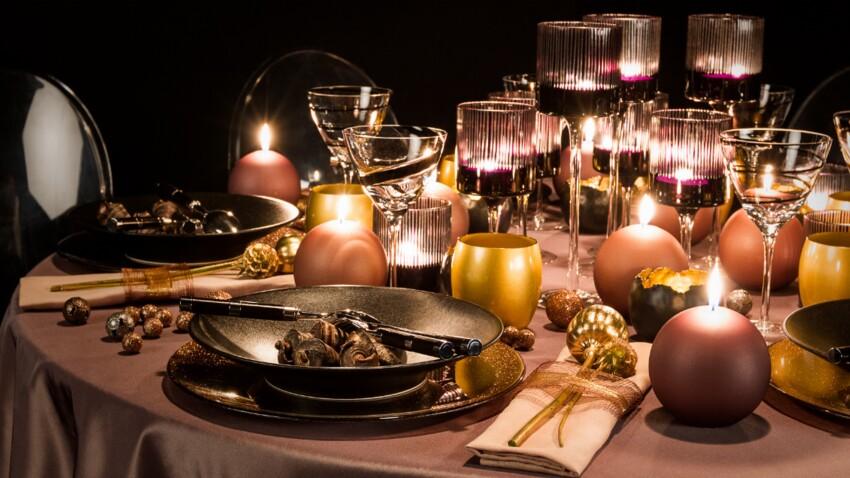 Une table cuivre et rose poudré