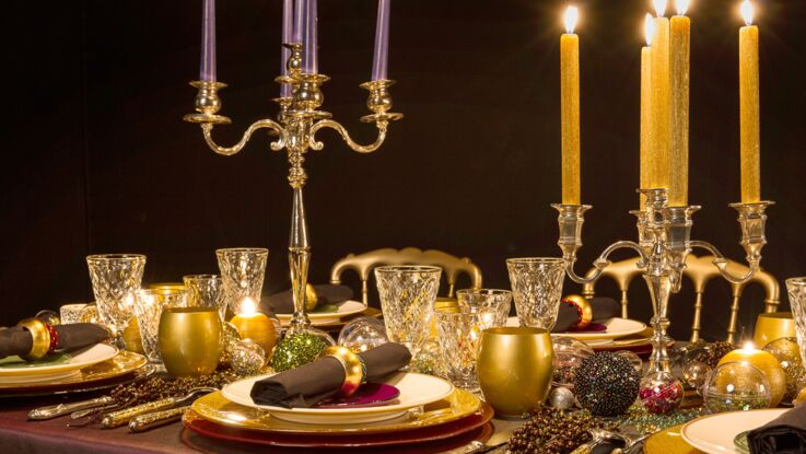 Une table festive baroque et scintillante