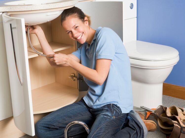 comment changer un robinet femme actuelle le mag. Black Bedroom Furniture Sets. Home Design Ideas