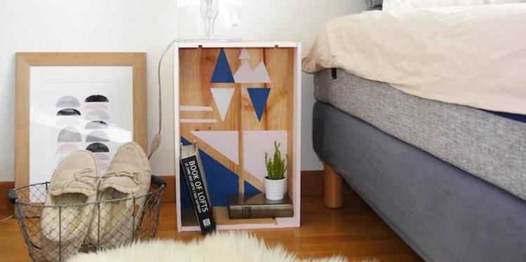 DIY : réalisez une table de chevet graphique avec une caisse à vin