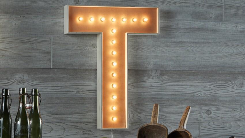 DIY : une lettre lumineuse pour son intérieur