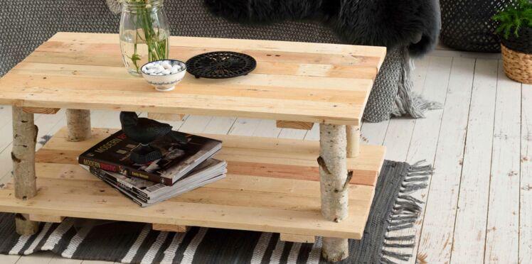 DIY : une table avec des rondins de bois par Sophie Ferjani