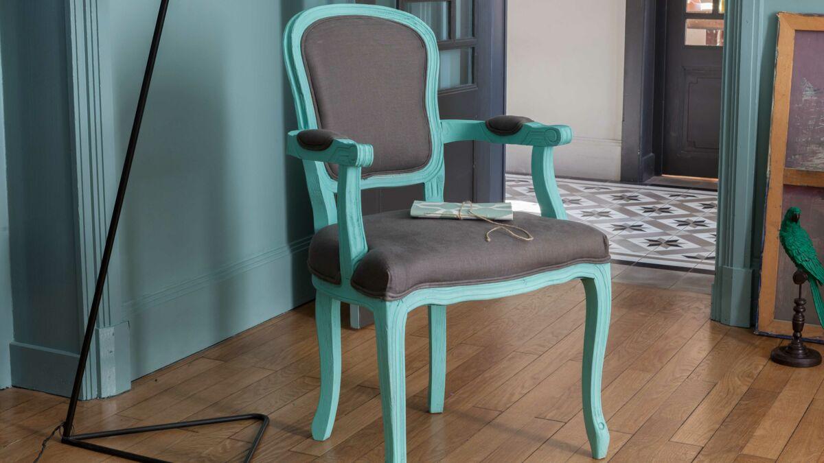 Relooker Un Fauteuil Ancien peinture : comment relooker un fauteuil : femme actuelle le mag