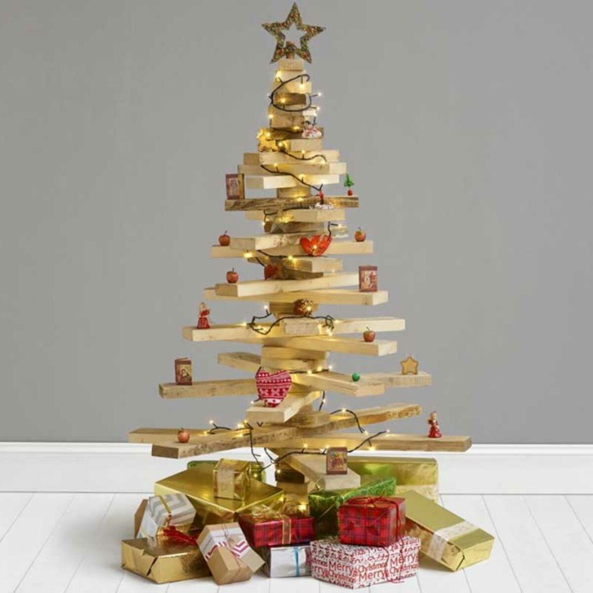 Récup : un sapin de Noël avec du bois de palette : Femme Actuelle