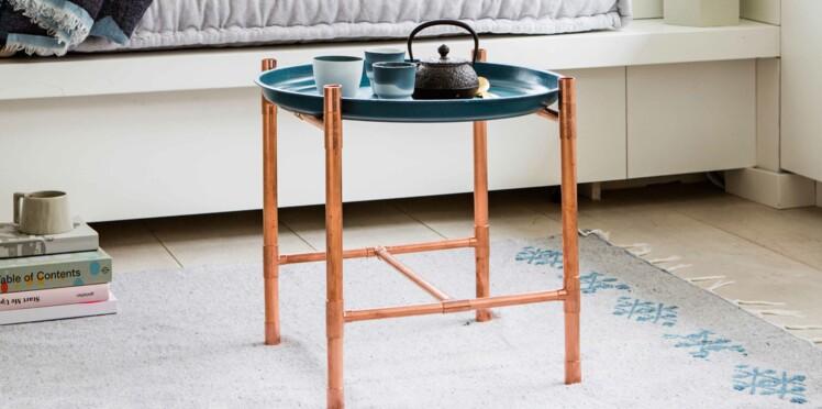 Une table avec plateau par Sophie Ferjani