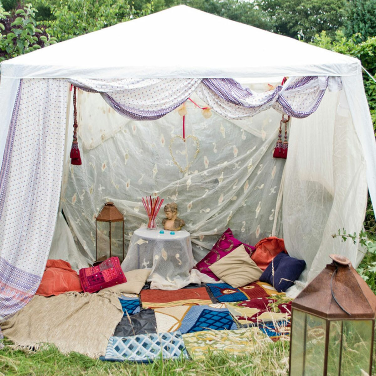 Construire Un Foyer Extérieur 10 coins chilling pour faire la sieste au jardin : femme