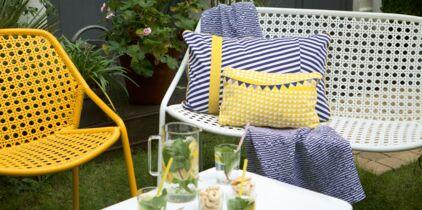 Meubles en palettes : un salon de jardin à petit prix : Femme ...
