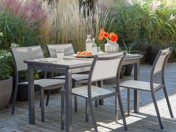 Table de jardin : alu ou acier, que choisir ? : Femme Actuelle Le MAG