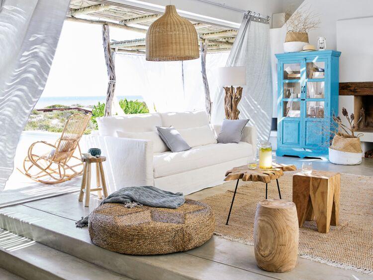 des id es d co pour un salon ambiance bord de mer femme actuelle le mag. Black Bedroom Furniture Sets. Home Design Ideas