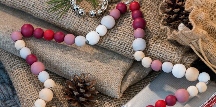 Je crée des étoiles en perles pour Noël