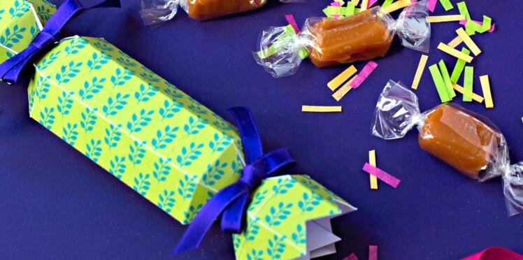 Comment faire des papillotes en papier pour Noël