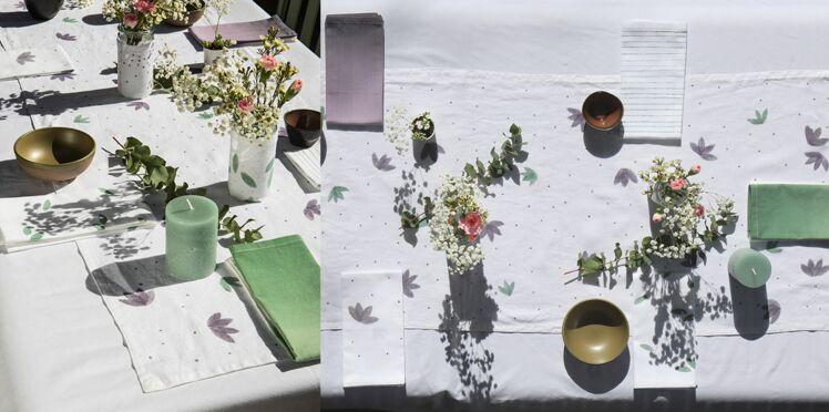 DIY : Chemin de table, serviette et vase personnalisés à la teinture