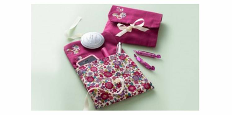 DIY Couture : la pochette réversible en tissu