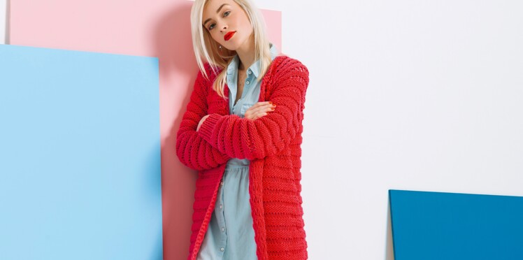 DIY tricot : un maxi gilet rouge top tendance