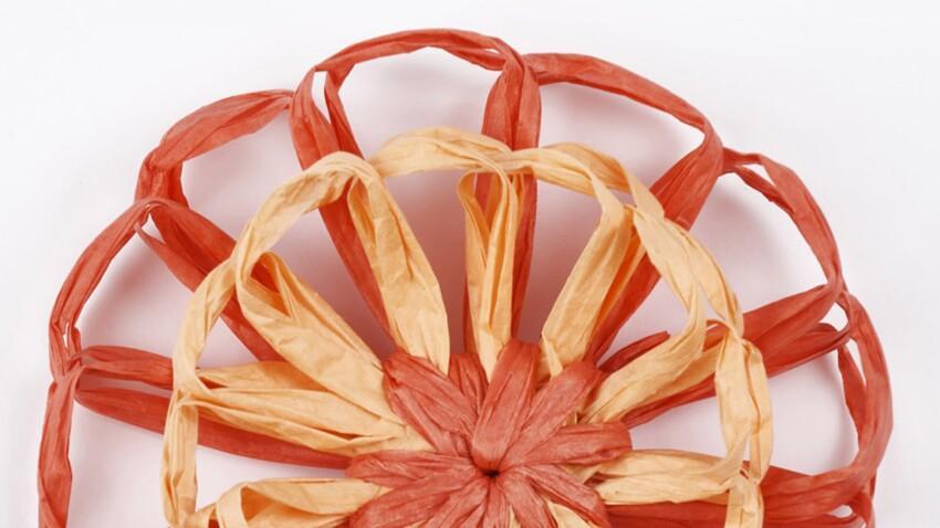 Une fleur rouge en tricofleur DIY à offrir