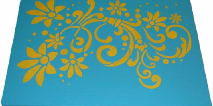 Home deco : réaliser une toile colorée au pochoir