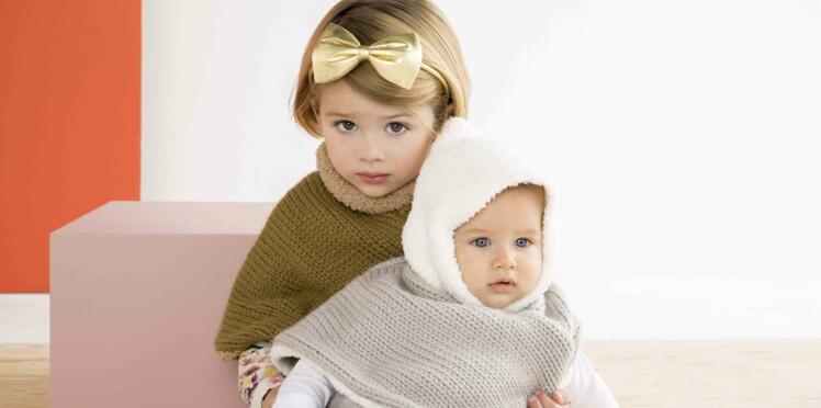 Le poncho layette en tricot