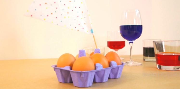 Des oeufs marbrés à faire soi-même pour Pâques