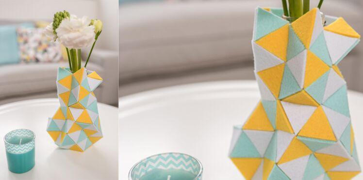 Réaliser un vase façon origami