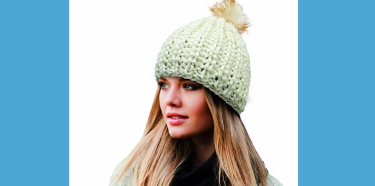Tricot   un bonnet en kit en 1 heure !   Femme Actuelle Le MAG b344e0308bb