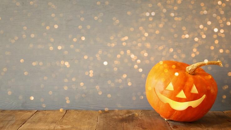 vid o comment creuser une citrouille d halloween. Black Bedroom Furniture Sets. Home Design Ideas