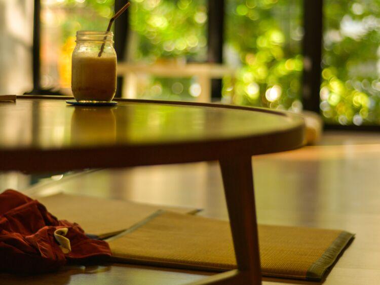 10 conseils faciles pour un salon feng shui femme actuelle le mag. Black Bedroom Furniture Sets. Home Design Ideas