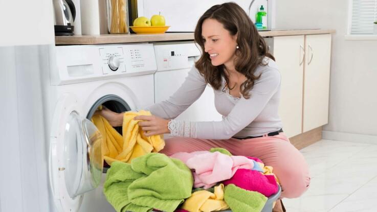 5 erreurs que l 39 on fait toutes avec notre lave linge femme actuelle le mag. Black Bedroom Furniture Sets. Home Design Ideas
