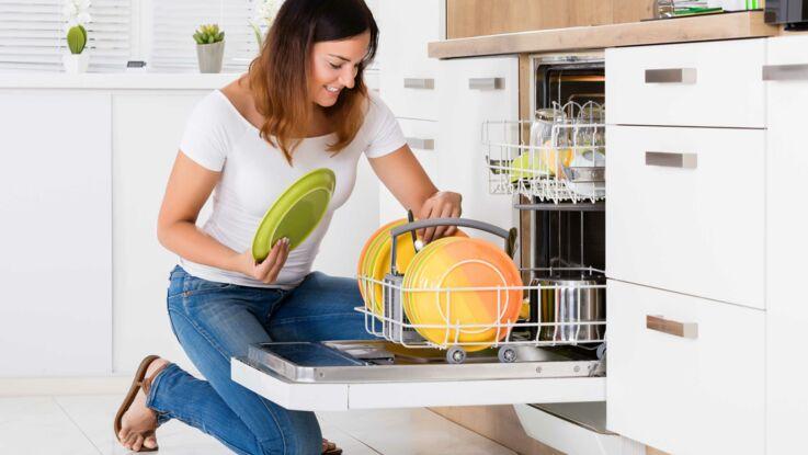 5 astuces pour éviter les mauvaises odeurs dans le lave-vaisselle
