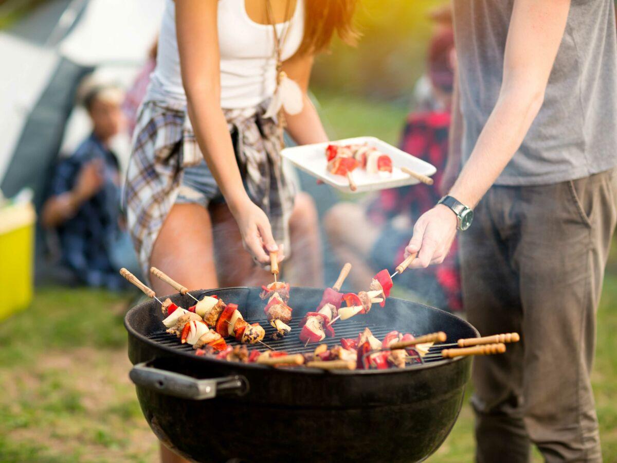 Barbecue Ou Plancha Que Choisir bien choisir son barbecue : femme actuelle le mag