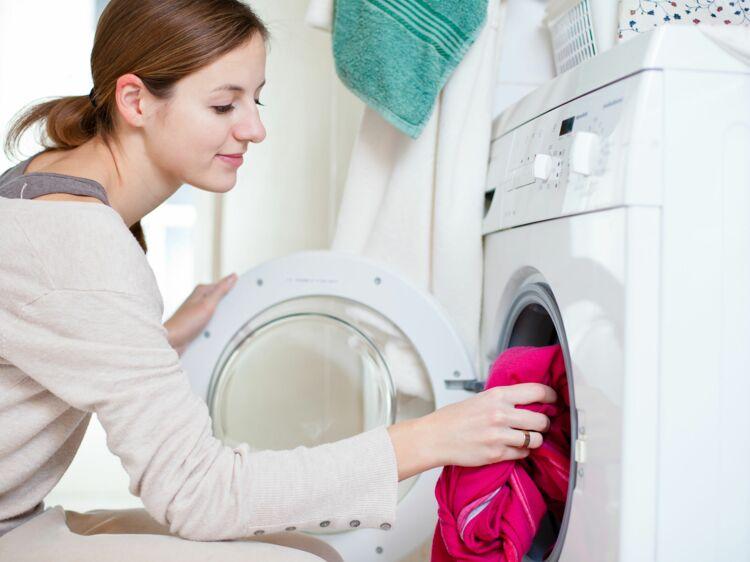 comment bien nettoyer sa machine laver femme actuelle le mag. Black Bedroom Furniture Sets. Home Design Ideas