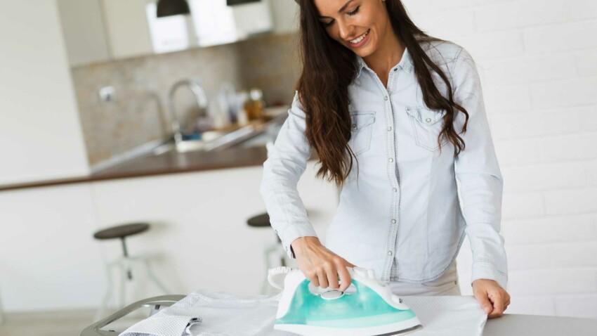 Comment nettoie-t-on son fer à repasser ?