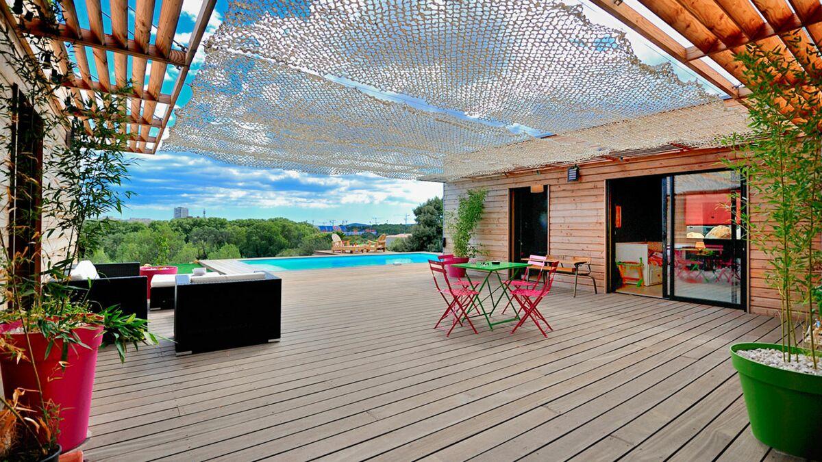 Comment Faire Une Terrasse En Resine comment nettoyer sa terrasse ? : femme actuelle le mag