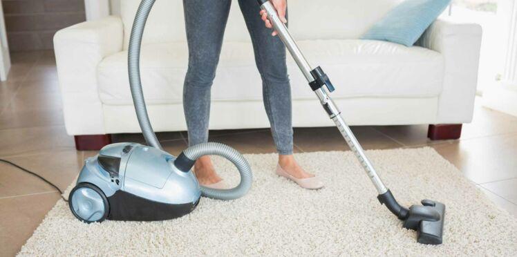 Comment nettoyer un tapis : nos astuces malines