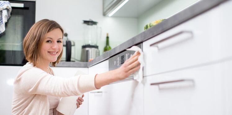 Ménage de printemps : le bon ordre pour une cuisine impec